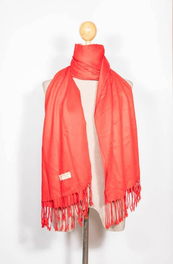 Pashmina Vs Cashmere Scarf – What Is The Best Choice For You? Da Jewel