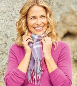The Benefits Of Owning A Cashmere Scarf Da Jewel