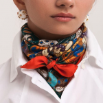 Scarf as a Fashion Accessory for Styling Everyday - In the Neck